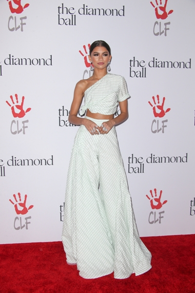 12/10/2015 - Zendaya Coleman - 2nd Annual Diamond Ball Hosted by Rihanna and the Clara Lionel Foundation - Arrivals - The Barker Hanger - Santa Monica, CA, USA - Keywords: Vertical, Portrait, Photography, Red Carpet Event, Arts Culture and Entertainment, Attending, Celebrities, Celebrity, Person, People, Topix, Bestof, California Orientation: Portrait Face Count: 1 - False - Photo Credit: PRPhotos.com - Contact (1-866-551-7827) - Portrait Face Count: 1
